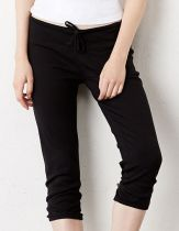 Women`s 3/4 Capri Scrunch Pant